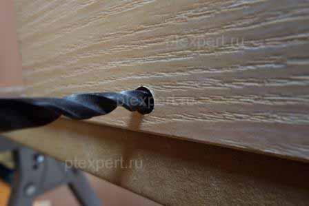 Как сделать отверстие под евровинт мебельный в домашних условиях